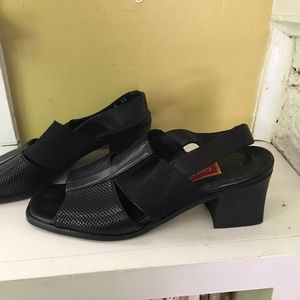 Vintage COLE HAAN Slingback Chunk Heel Sandals 6